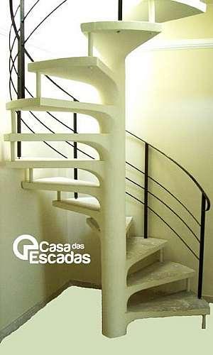 Escada concreto aparente
